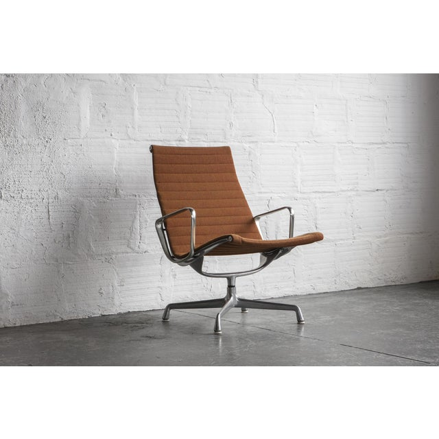 Eames Aluminum Group Lounge Chair - Image 6 of 8