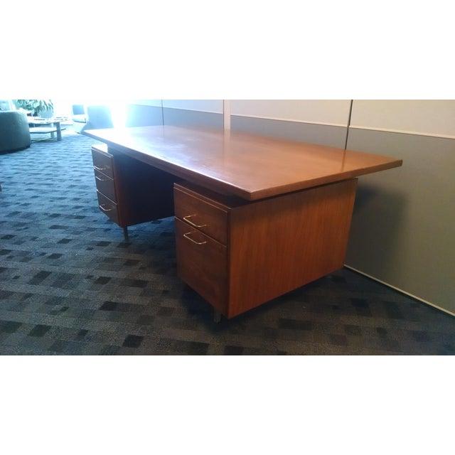 Jens Risom Floating Executive Desk - Image 4 of 6