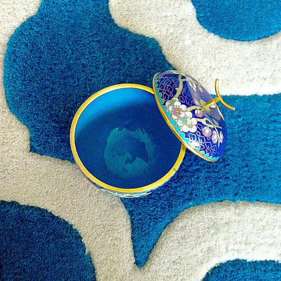 Cobalt Blue Chinese Cloisonné Apple Trinket Box - Image 3 of 3