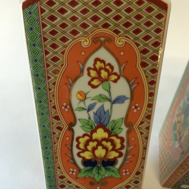 Chinoiserie Style Square Vases - A Pair - Image 9 of 10
