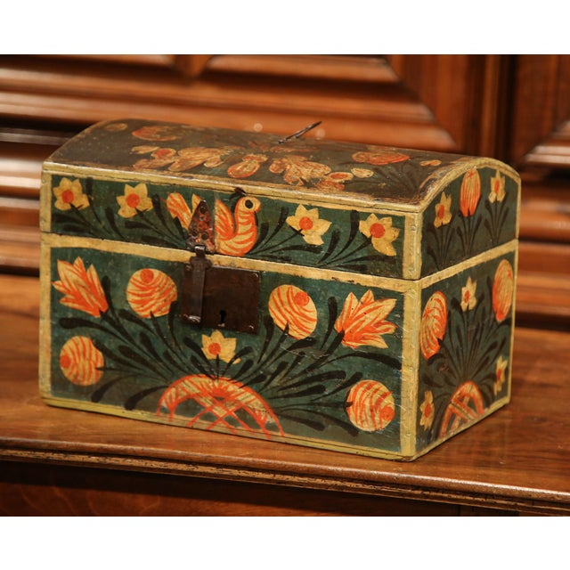 18th Century French Painted Trunk with Birds and Flowers from Normandy - Image 5 of 8