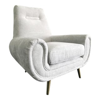 Large Italian Modern Style Lounge Chair
