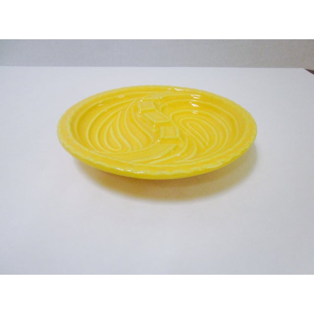 Mid-Century Modern Atomic Yellow Ashtray Dish - Image 2 of 8
