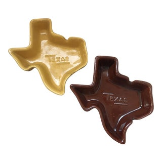 Vintage Frankoma Signed Stamped Texas State Shaped Ashtrays - a Pair