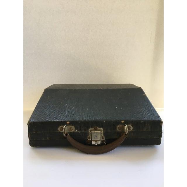 Image of Corona 4 Portable Typewriter With Case