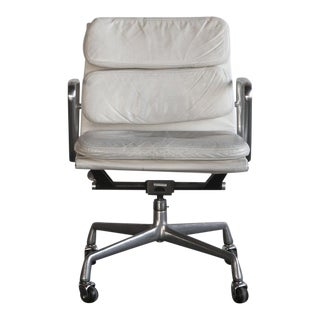 Eames Soft Pad Executive ChairGently Used Eames Furniture   Save up to 60  at Chairish. Eames Soft Pad Management Chair Used. Home Design Ideas