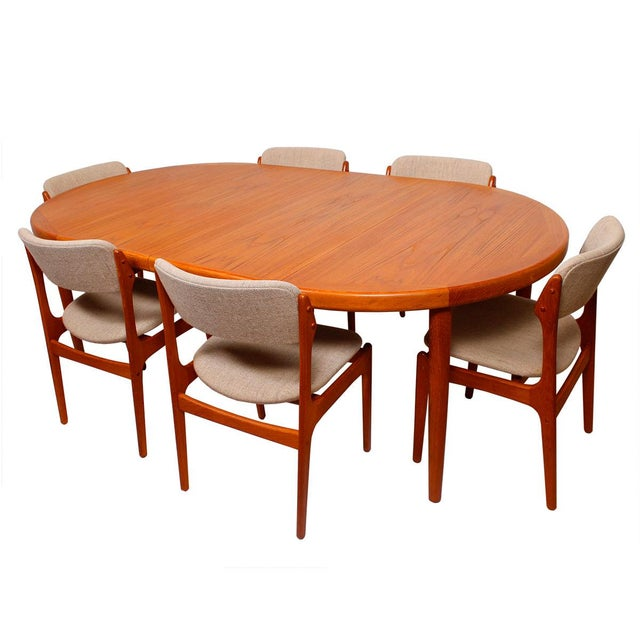 Table Pads For Dining Room Table: Danish Teak Round/Oval Dining Table & Pads