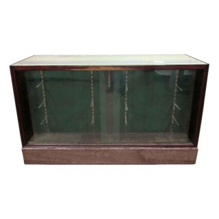 Showcase with Marble on Bottom