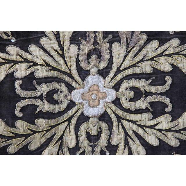 19th Century Metallic Appliqued Velvet With Fringe - Image 4 of 8