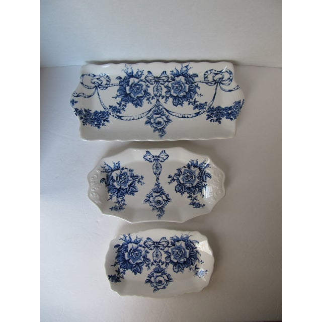 Rose Blue & White Plates - Set of 3 - Image 2 of 7
