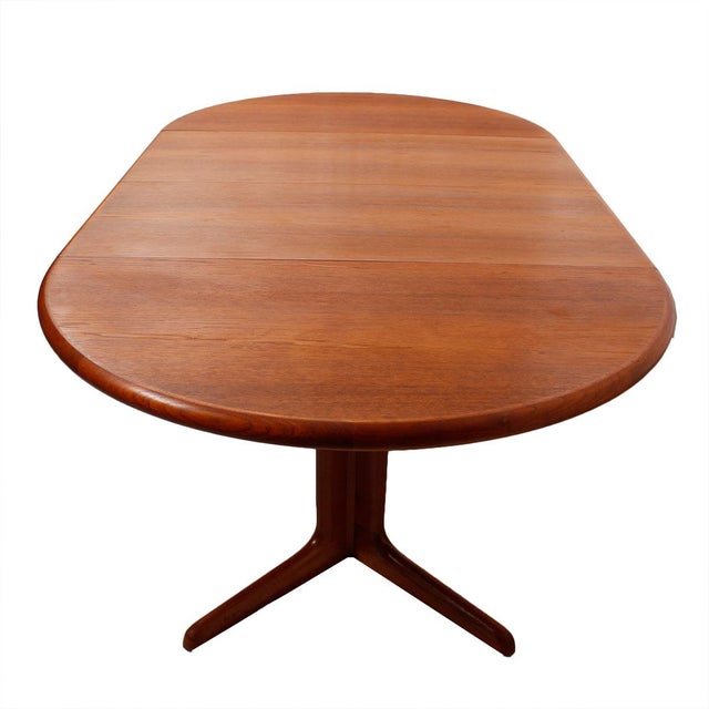 Danish Teak Round-To-Oval Expanding Dining Table - Image 8 of 9