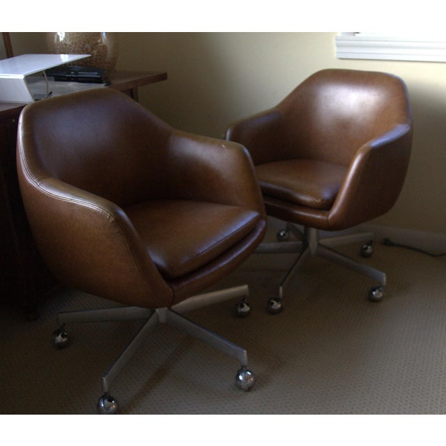 Image of Shelby Williams Pod Egg Chairs - Pair