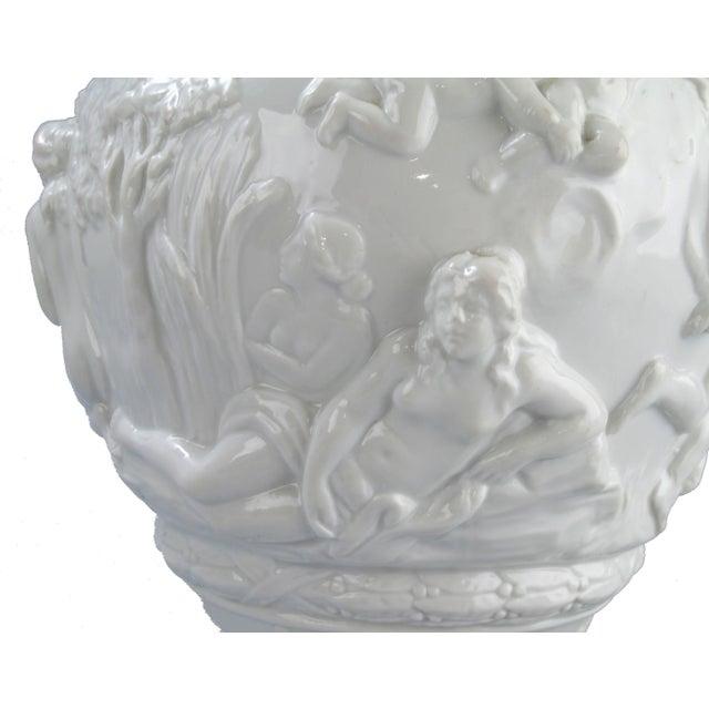 White Capodimonte Italian Porcelain Urn - Image 8 of 10