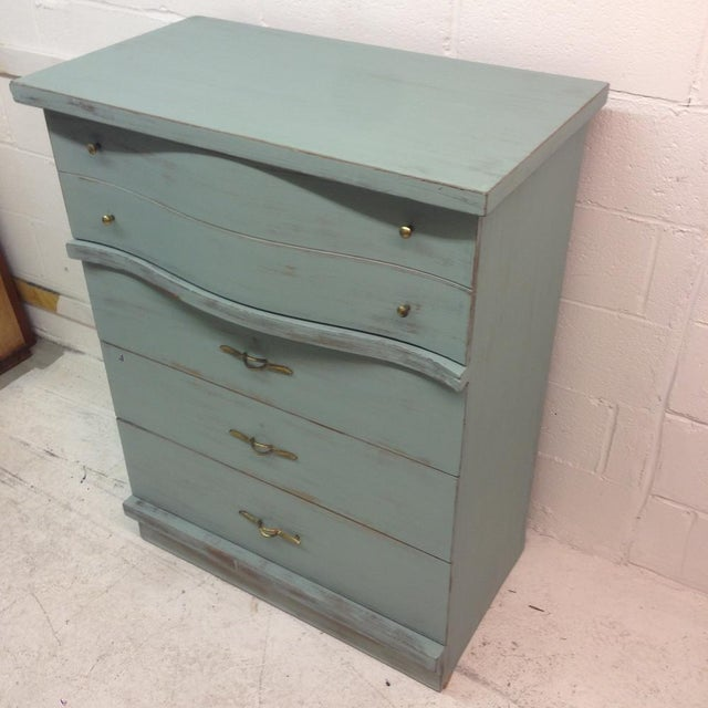 1950's Serpentine 4 Drawer Dresser - Image 5 of 5