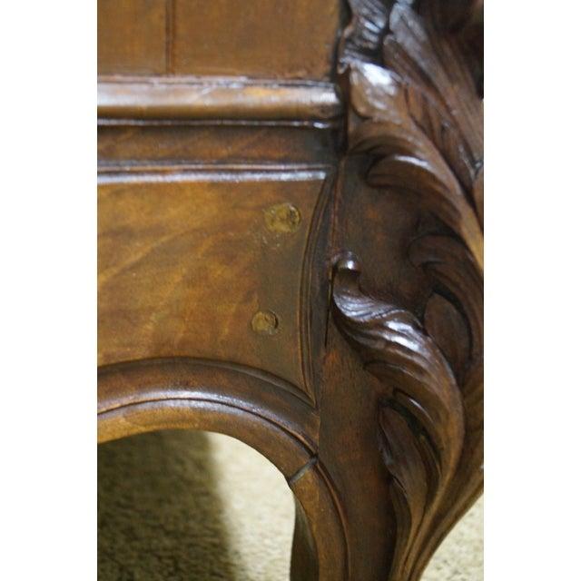 Antique 19th Century Louis XV Walnut Curio Cabinet - Image 5 of 10