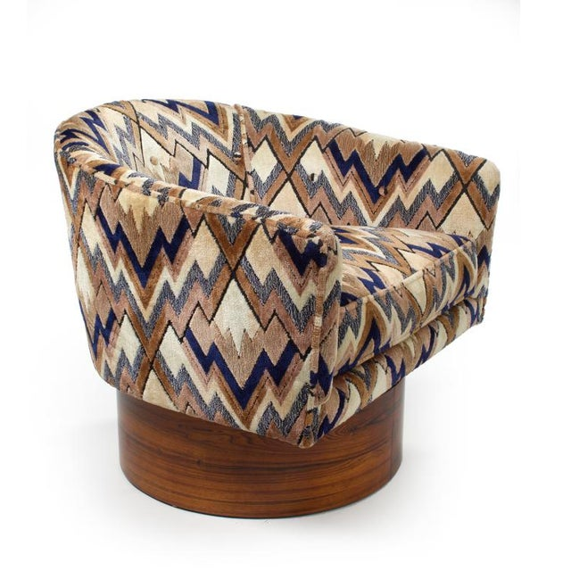 Milo Baughman Rosewood Swivel Base Lounge Chairs - a Pair - Image 2 of 5