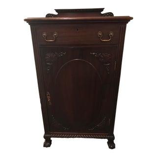 Early American Gentleman's Cabinet