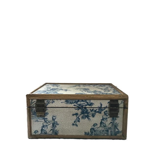Antique Blue & White Toile Box - Image 5 of 9