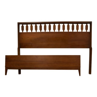 Mid-Century Modern Johnson Carper Walnut Full Size Bed