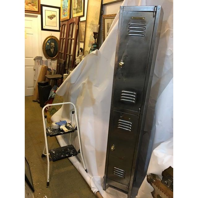 Old English Polished Metal Locker - Image 6 of 11