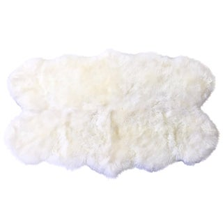 Sheepskin Rug - 3′7″ × 6′