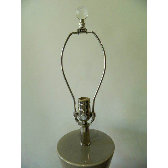 Modern Gray Porcelain Table Lamp on Acrylic Base - Image 3 of 7