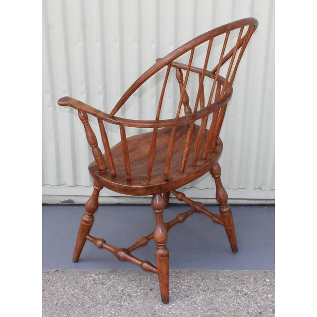 18th Century Sack Back Extended Arm Windsor Chair - Image 7 of 9