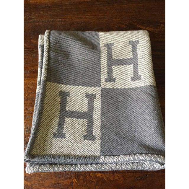 "Hermès Estate ""H"" Avalon Blanket Throw - Image 2 of 8"