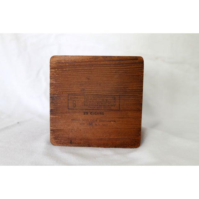 Vintage El Producto Queens Cigar Box - Image 5 of 8