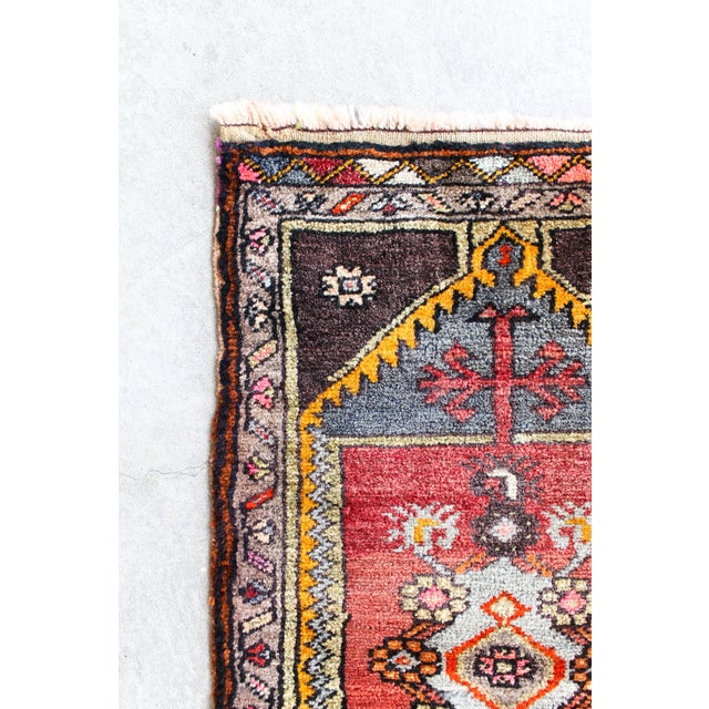 Soft Colorful Turkish Foot Rug - 1′6″ × 2′11″ - Image 3 of 4