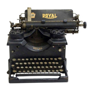 Vintage Royal Regal Typewriter