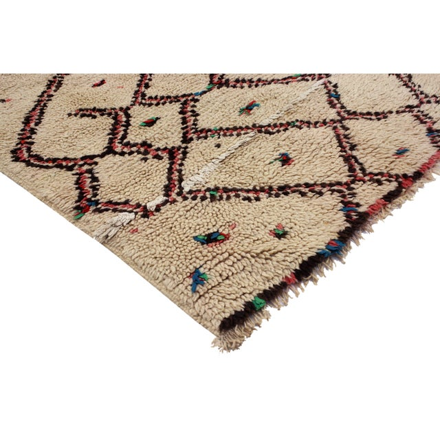 Vintage Berber Moroccan Rug With Boho Chic Style