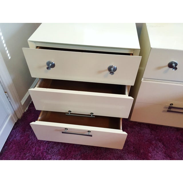 Mid-Century White Lacquer Nightstands - a Pair - Image 3 of 9