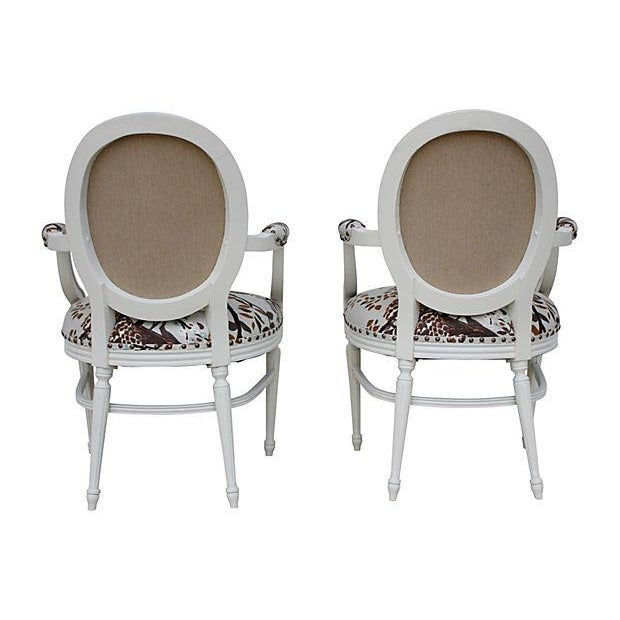 Vintage White Peacock Chairs - A Pair - Image 4 of 9