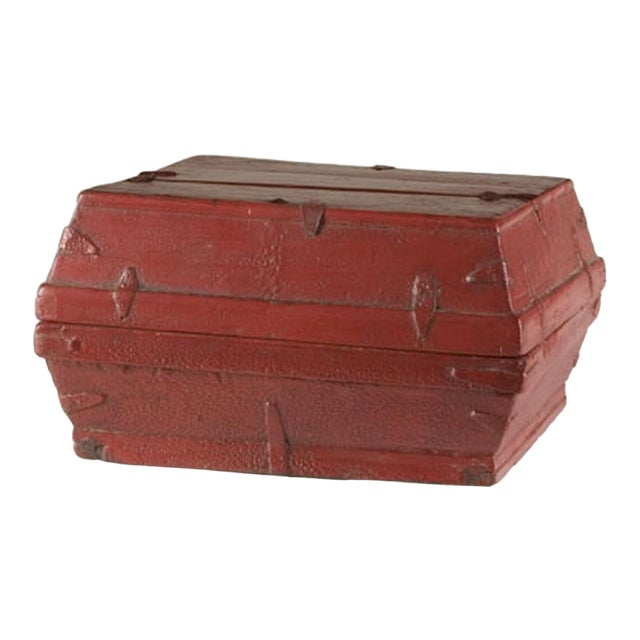 Red lacquer box with a removable top from China c. 1875 - Image 1 of 5