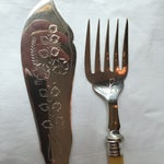 Image of Edward VII Sterling Silver & Bone Servers #772