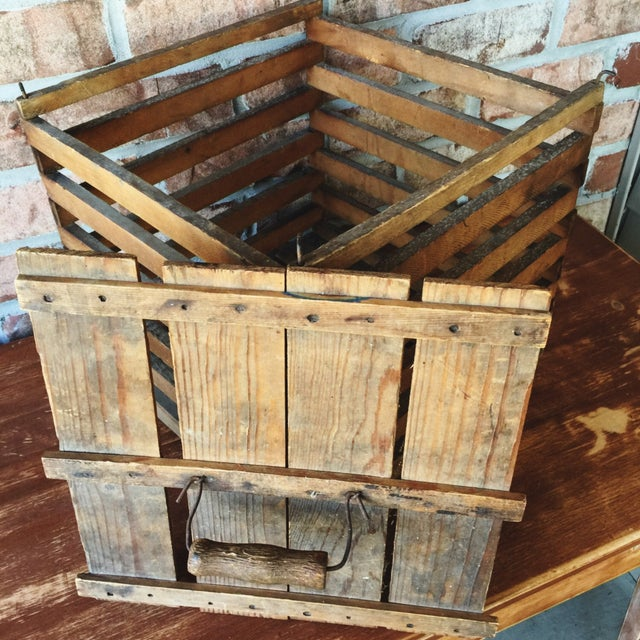Antique Egg Carrier Crate - Image 2 of 6