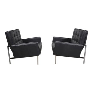 Pair of Knoll Parallel Bar Lounge Chairs