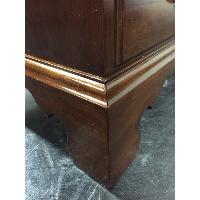 Davis Cabinet Co Solid Cherry Georgian Dresser - Image 6 of 11