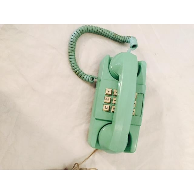 Light Teal 1975 GTE Starlite Push Button Phone - Image 2 of 6