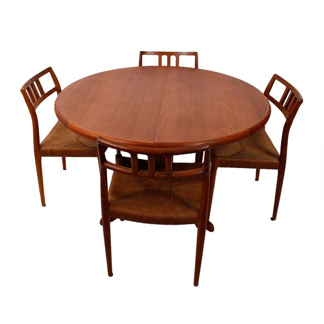 Danish Teak Round-To-Oval Expanding Dining Table - Image 3 of 9