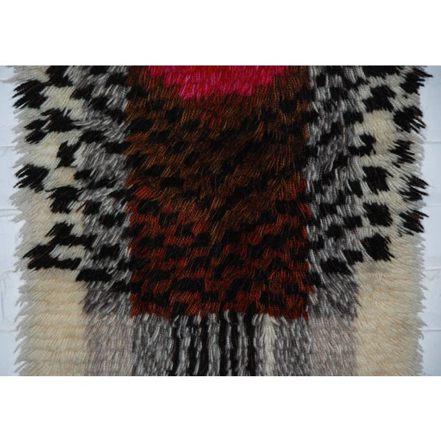 1960's Denna Rya Vintage Abstract Wool Tapestry/Rug -- 1′8″ × 2′9″ - Image 8 of 8
