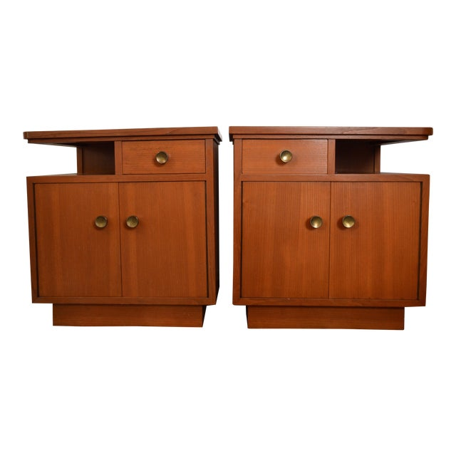 Image of Mid-Century Red Oak Nightstands - A Pair
