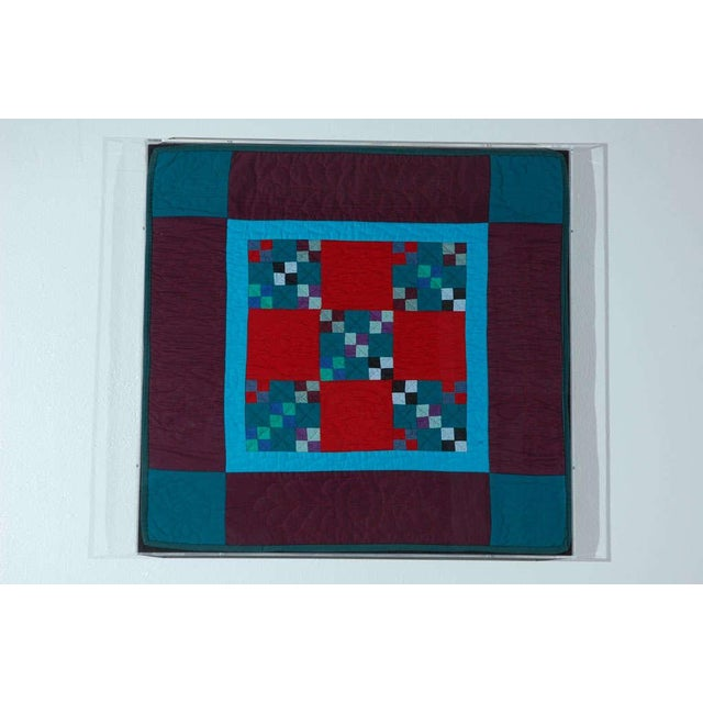 Rare 1940s Lancaster, Pa. Amish Postage Stamp Chain Doll Quilt - Image 2 of 8