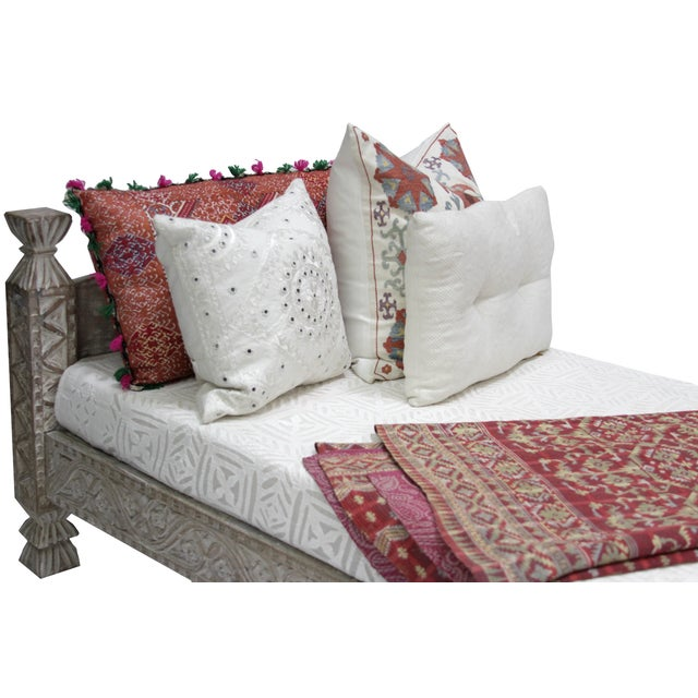 Syrian Whitewashed Daybed with Floral Details - Image 4 of 7