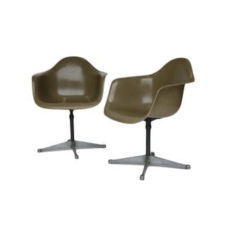 Charles Eames Bucket Swivel Chair - Pair