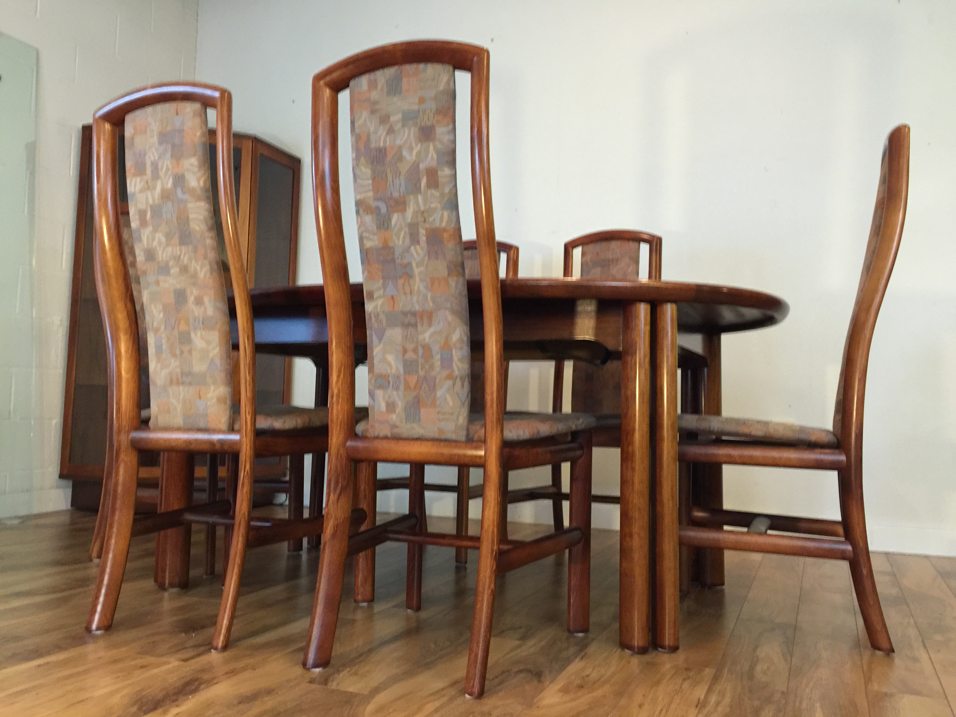 Danish Rosewood Dining Set Table amp 8 Chairs Chairish : 71db69af cdff 447d b169 a7768ef0364aaspectfitampwidth640ampheight640 from www.chairish.com size 640 x 640 jpeg 43kB