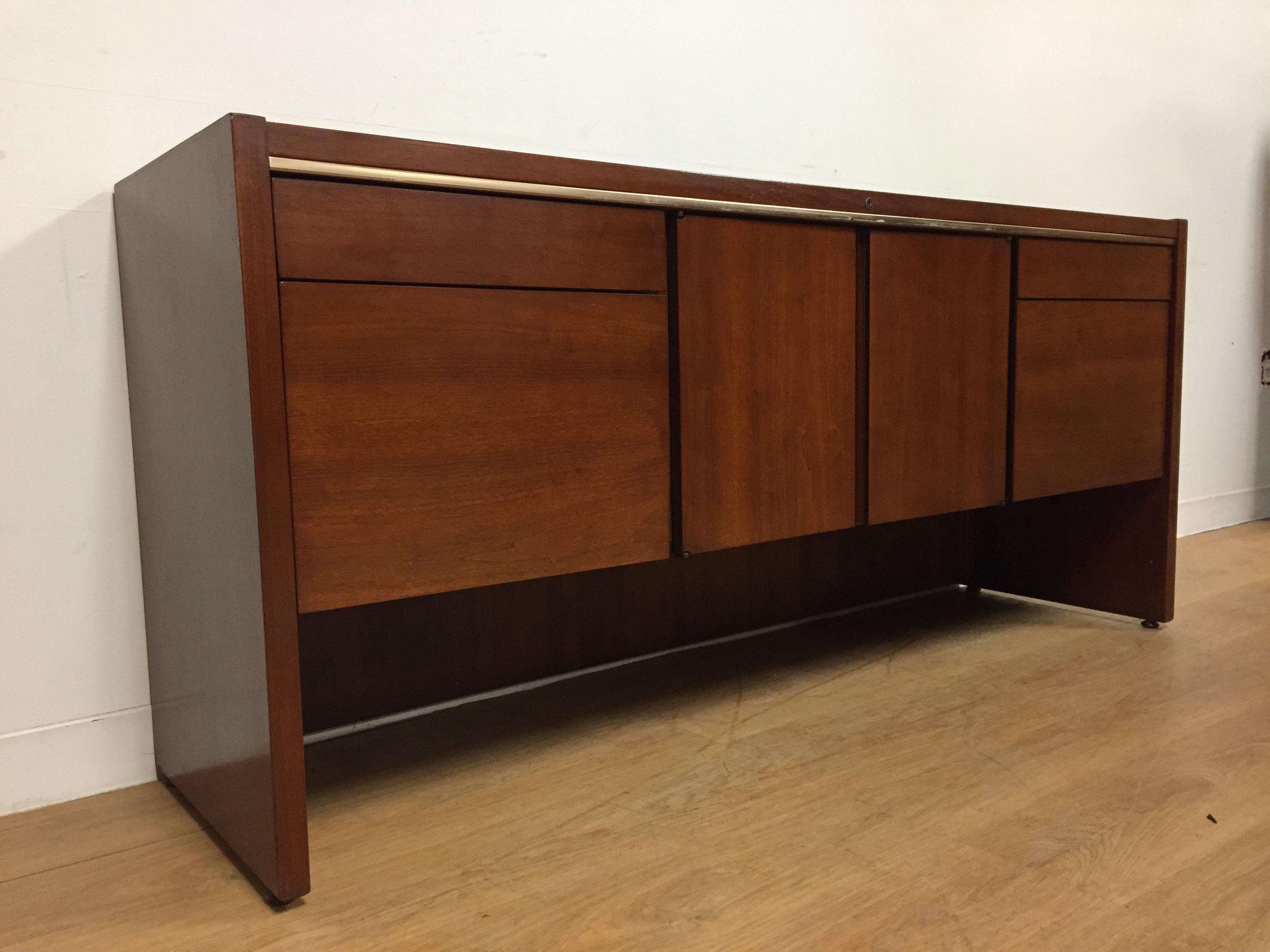 Kimball Mid Century Office Credenza   Image 3 Of 11