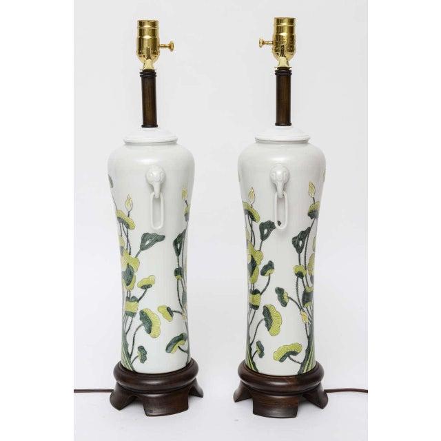 1960s Japanese Porcelain Lotus Flower Vase Form Table Lamps - Image 3 of 9