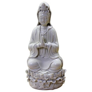 Chinese Oriental Vintage Finish Off White Porcelain Kwan Yin Statue